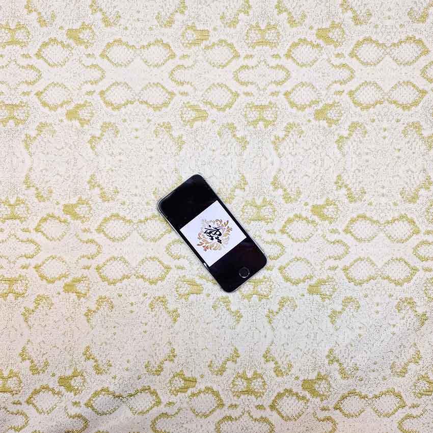 پارچه ژاکارد سیملی پوست ماری رنگ فسفری